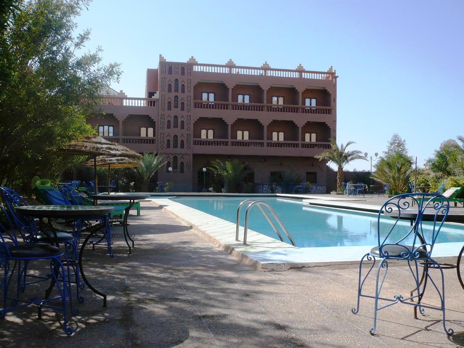 P1010219 hotel la perle du draa bienvenue sur le site for Reservation nuit hotel